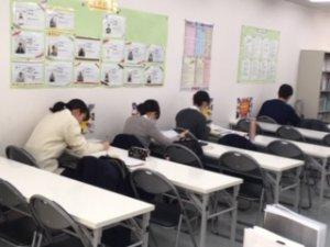 公立入試後は高校生が自習♬