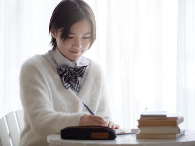 【八幡西区の個別指導塾】暗記のコツ!ひたすら書いて覚えるのは非効率!!
