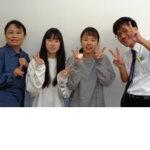 2020夏 中学3年 藤田千夏さん(中央右) 天笠先生(右端)
